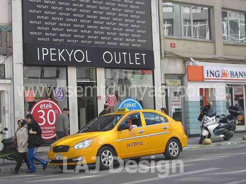c3aadde2fe7b6 İpekyol Outlet Giyim Osmanağa Kadıköy,Semt Dünyası